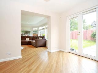 Banchory 4 Bed Furnished Holiday Let - Banchory vacation rentals