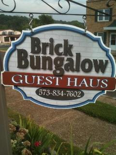 Brick Bungalow located in the middle of town - Hermann vacation rentals