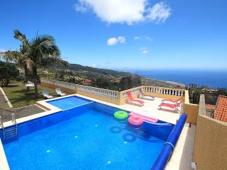 Lovely 4 bedroom Villa in Santa Cruz - Santa Cruz vacation rentals