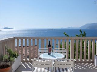 I Sassi Bianchi - West Villa - Cavtat vacation rentals