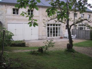 Charming 3 bedroom Mons-en-Laonnois Gite with Internet Access - Mons-en-Laonnois vacation rentals