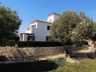 Los Olivos, 3 bedroom villa with shared pool - Benidorm vacation rentals