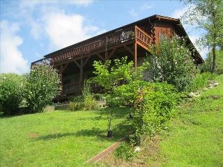 Mountain Peeks--3 bed,3ba.great view, pet friendly - Maggie Valley vacation rentals