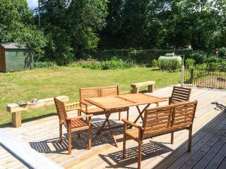 TY UCHAF, character cottage, off road parking, large garden, near Trefor, Ref. 5308 - Trefor vacation rentals