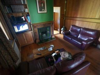 Perfect 4 bedroom House in Blackheath with High Chair - Blackheath vacation rentals