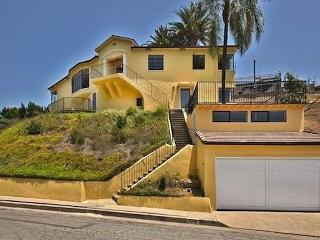 HH Hollywood Manor Views Views! - New Listing!! - Piedra vacation rentals
