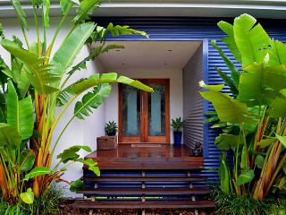 Bright Guest house with Deck and Internet Access - Mount Tamborine vacation rentals