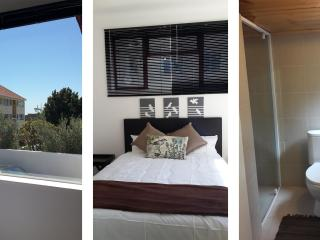 Franksplaces Raven - Sea Point vacation rentals