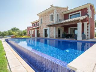 ADAGIO - Property for 8 people in s'Aranjassa. Palma - Sant Jordi vacation rentals