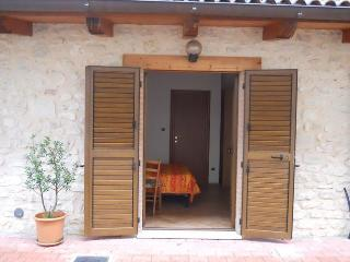 1 bedroom Private room with Satellite Or Cable TV in Preci - Preci vacation rentals