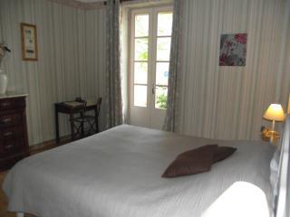 Côté Ruffe, your BnB on the Lake du Salagou - Octon vacation rentals