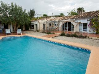CANEYA - Villa for 8 people in Xalo - Jalon vacation rentals