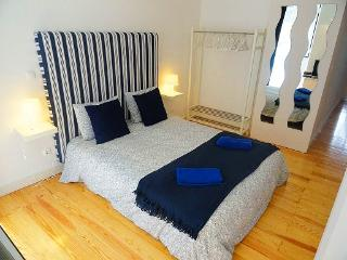 Nice Condo with Internet Access and Washing Machine - Lisboa vacation rentals