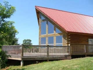 Beautiful Cabin with Deck and Internet Access - West Jefferson vacation rentals