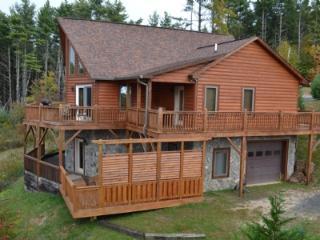 Perfect 5 bedroom Fleetwood Cabin with Deck - Fleetwood vacation rentals