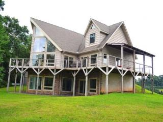 Lovely House with Deck and Internet Access - Fleetwood vacation rentals
