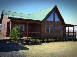 3 bedroom Cabin with Deck in West Jefferson - West Jefferson vacation rentals