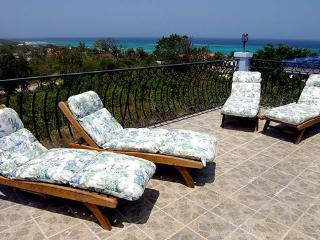 Blue Moon Spacious Getaway for Family & Friends - Silver Sands vacation rentals