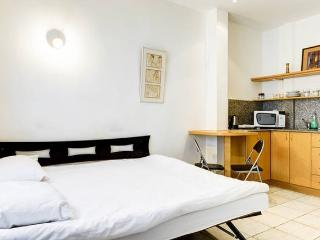 Budget Studio near the sea BE224_15 - Tel Aviv vacation rentals