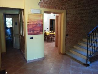 Nice Bed and Breakfast with Internet Access and Wireless Internet - Castelvetro Piacentino vacation rentals