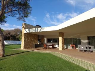 V6 Pinhal - Vilamoura vacation rentals