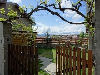 Perfect Gite with Dishwasher and Short Breaks Allowed in Cournon-d'Auvergne - Cournon-d'Auvergne vacation rentals