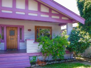 Lovely 2 bedroom House in Ventura with Deck - Ventura vacation rentals