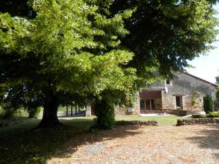 La Grange Gite - Vigne de Vert: hamlet location - Brantome vacation rentals