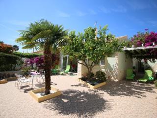 Residencial Boticari - Els Poblets vacation rentals