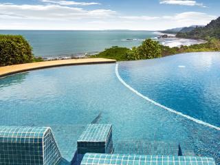 Villa Paraiso, Sleeps 10 - Dominical vacation rentals