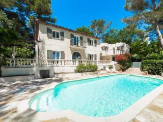 Villa Racine, Sleeps 8 - Valbonne vacation rentals