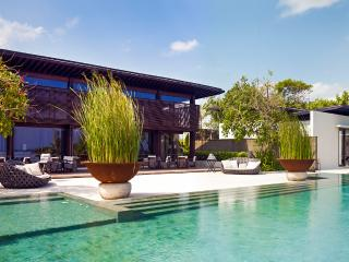 The Soori Estate, Sleeps 20 - Tegalmengkeb vacation rentals