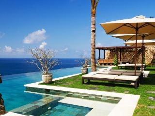 Villa Ambar, Sleeps 8 - Uluwatu vacation rentals