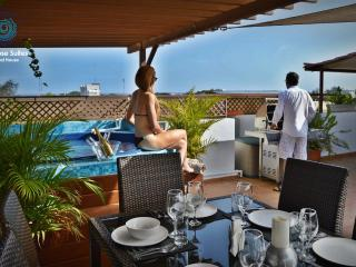 Luxurious VIP Penthouse 8Pax ocean view & jacuzzi - Santo Domingo vacation rentals