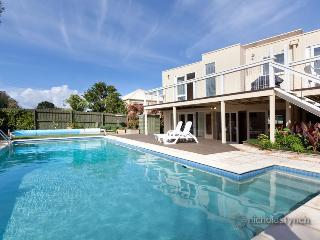 Mt Martha Modern Beach House 5 bed 3 bath VARUNA - Mt Martha vacation rentals
