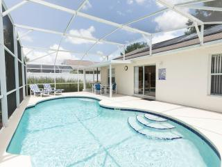 Comfy Pool Home 10 minutes from Disney - Kissimmee vacation rentals