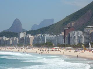 RIO COPACABANA-POSTO 6 - BEACH and sea 70 meters - Rio de Janeiro vacation rentals