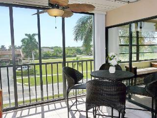 Peaceful condo w/ spectacular sunsets in waterfront community - Marco Island vacation rentals