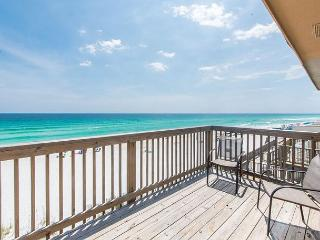 Comfortable 4 bedroom House in Miramar Beach with Deck - Miramar Beach vacation rentals