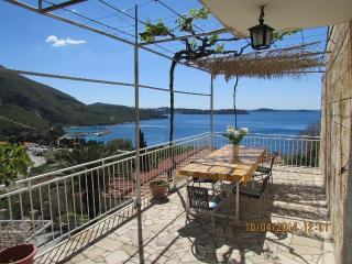 Cozy 2 bedroom Plat Condo with Internet Access - Plat vacation rentals