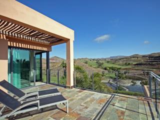 Salobre Golf Villa Los Lagos Nr 20 - Montana La Data vacation rentals