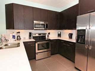 3 Bed Townhome with Private Pool (17313-SEREN) - Clermont vacation rentals