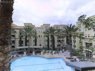 Irvine Luxury Condo sleeps 6 - Irvine vacation rentals