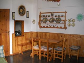 Appartamento in tranquillo residence - Rivisondoli vacation rentals