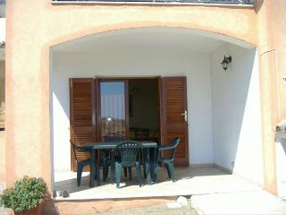 Cozy 2 bedroom Villa in Tanaunella - Tanaunella vacation rentals