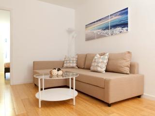 Huge renovated UES 2 Bedrooms&2 Baths - New York City vacation rentals