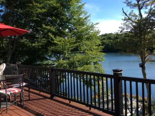 Lake Front- Completely Renovated, Kayaks incl - Forestdale vacation rentals