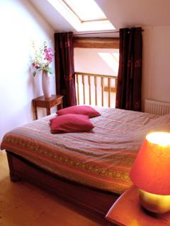 Bright 5 bedroom Gite in Chateau Thierry - Chateau Thierry vacation rentals