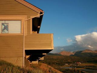 Bright 4 bedroom Fraser House with Internet Access - Fraser vacation rentals
