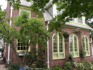 Nice House with Internet Access and Balcony - Baltimore vacation rentals